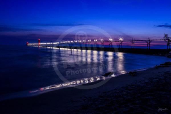 Point North Photography-CAT WALK PIER - GRAND HAVEN, MI